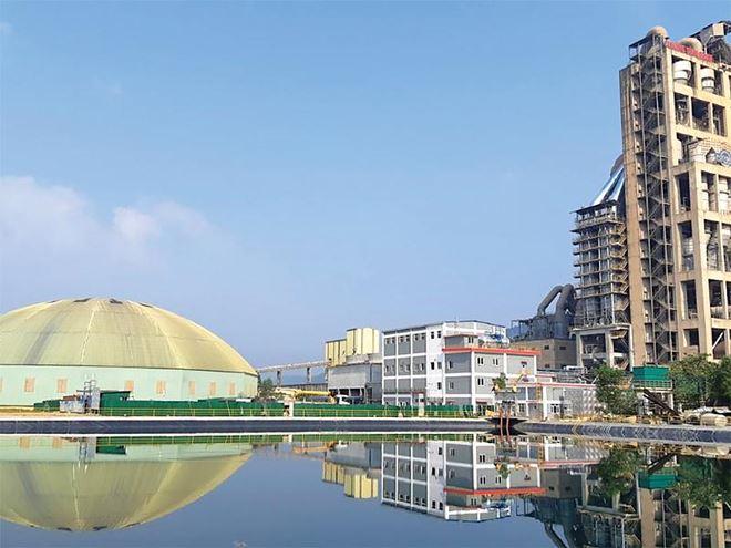 """Sau khi """"về tay"""" Tập đoàn SCG (Thái Lan), Nhà máy Xi măng Sông Gianh được đầu tư để sản xuất thêm sản phẩm xi măng cao cấp."""