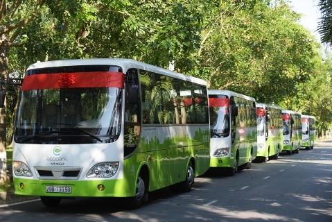 Xe buýt ở Ecopark