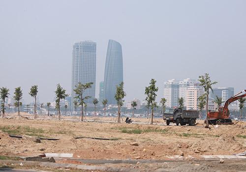 Một dự án ven sông Hàn đang triển khai xây dựng. Ảnh: Nguyễn Đông