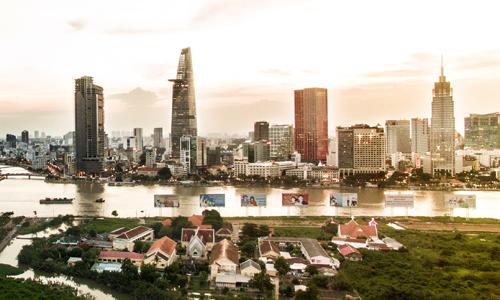 Nhiều người chấp nhận mua nhà phố hẻm ở quận 1, TP.HCM chỉ vì muốn có hộ khẩu trung tâm. Ảnh: Lucas Nguyễn