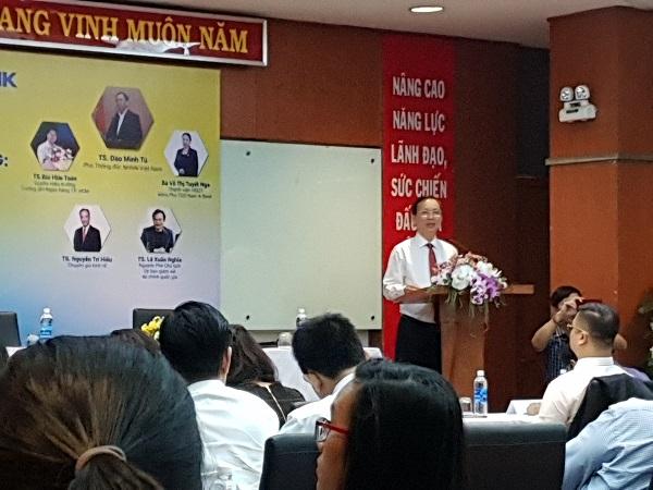 Theo Phó Thống đốc Đào Minh Tú, công nghệ 4.0 là một cơ hội lớn cho các tổ chức trong cải cách thủ tục hành chính ngành, nhưng cũng tạo ra thách thức.