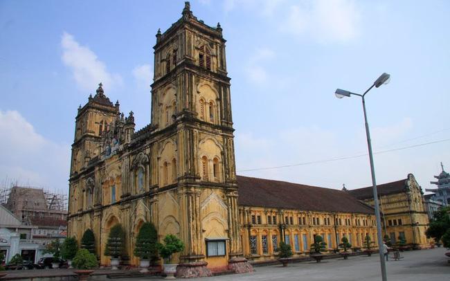 Nhà thờ Bùi Chu ở Nam Định.