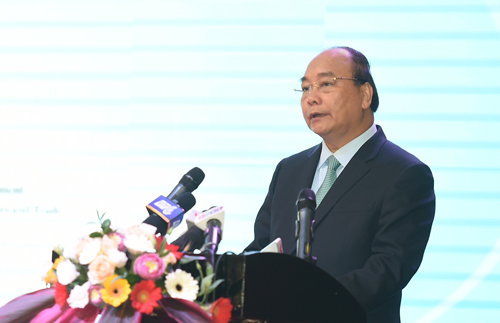 Thủ tướng Nguyễn Xuân Phúc phát biểu tại Hội nghị phát triển bền vững Đồng bằng sông Cửu Long thích ứng với biến đổi khí hậu năm 2017 tại Cần Thơ - Ảnh: VGP/Quang Hiếu