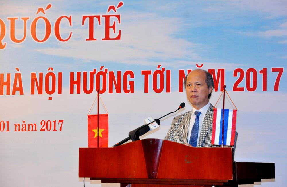 Ông Nguyễn Trần Nam, Chủ tịch Hiệp hội BĐS Việt Nam phát biểu khai mạc Hội thảo. Ảnh: Kháng Trần/