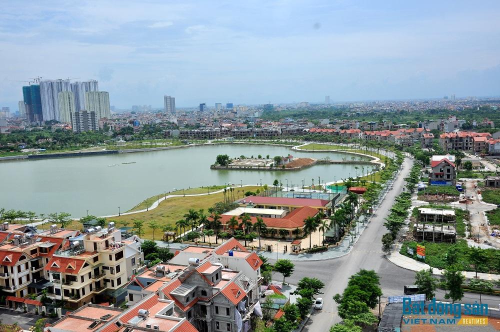 Dự án Khu đô thị Thành phố giao lưu với quy mô rộng 95ha, có vị trí đắc địa trên mặt đường Phạm Văn Đồng.