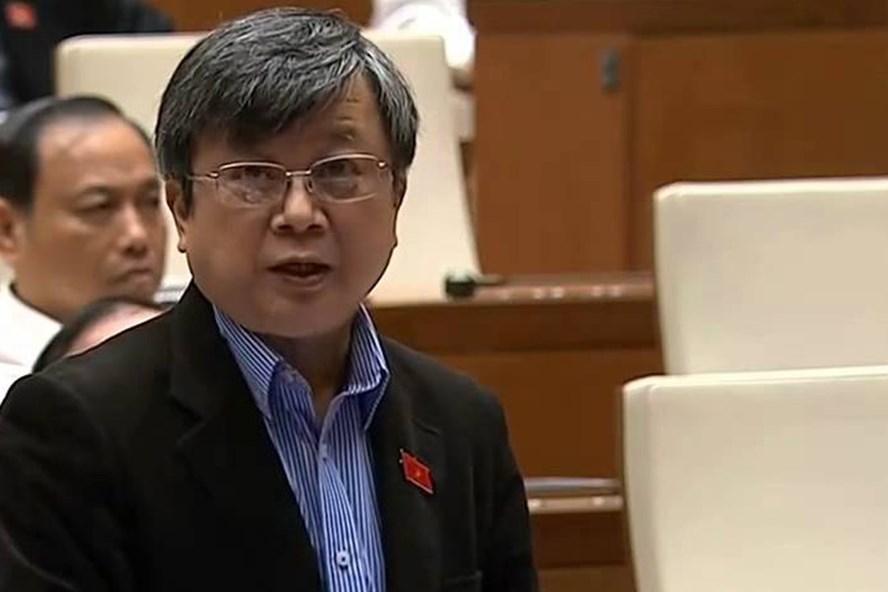 Đại biểu Trương Trọng Nghĩa cho rằng cần phải có luận cứ, luận chứng trình bày về tính cấp thiết, cấp bách cụ thể trước khi thu hồi đất quốc phòng ở sân bay Long Thành.