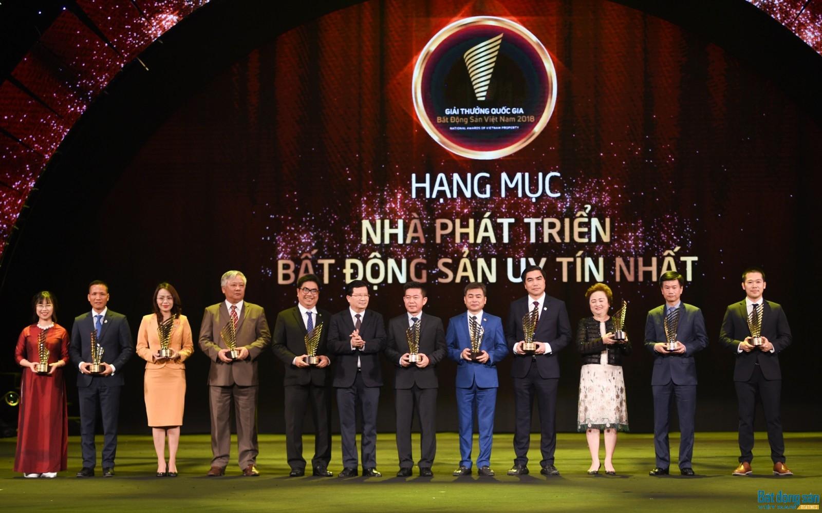 Giải thưởng Quốc gia Bất động sản Việt Nam 2018 vinh danh 11 Nhà phát triển bất động sản uy tín nhất.