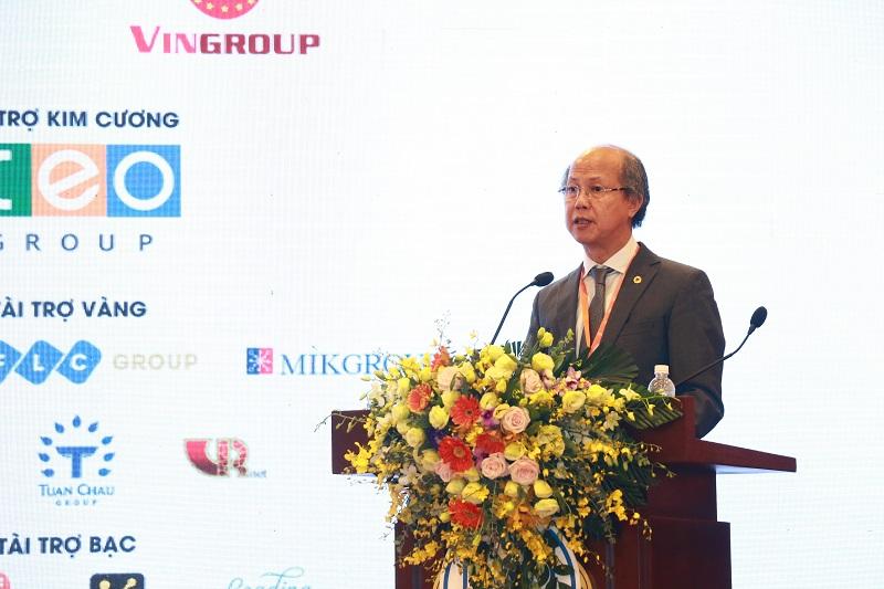 Ông Nguyễn Trần Nam, Chủ tịch Hiệp hội Bất động sản Việt Nam, Trưởng ban Tổ chức IREC 2018 đọc Thông điệp IREC 2018 - Hà Nội: