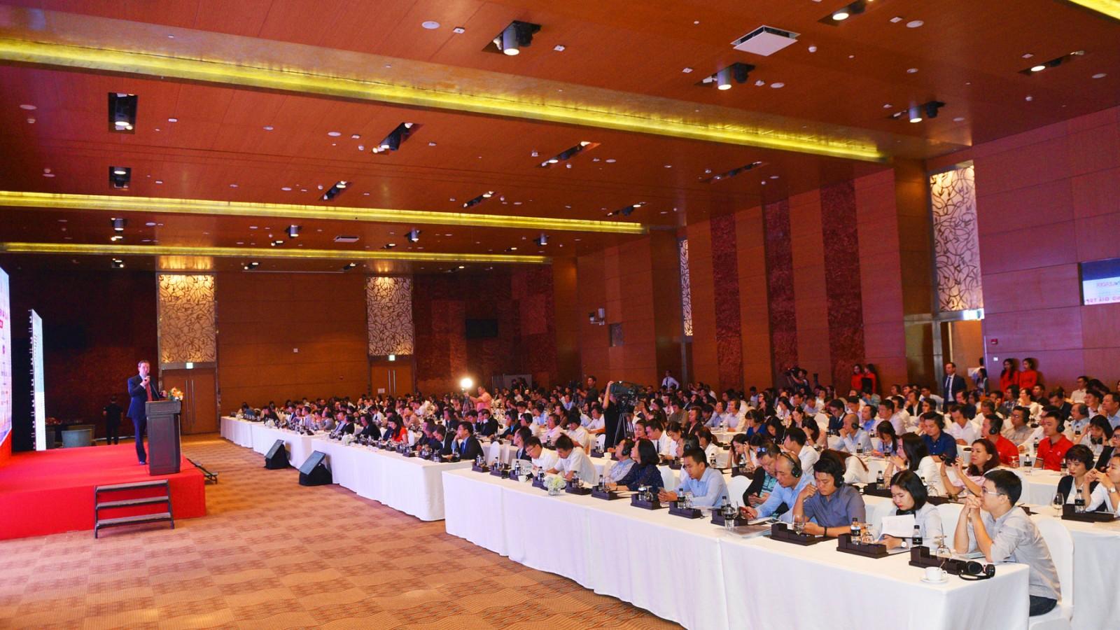 Hội thảo thu hút sự quan tâm tham dự của hơn 500 người là các nhà quản lý, nhà phân tích và nhà kinh doanh bất động sản