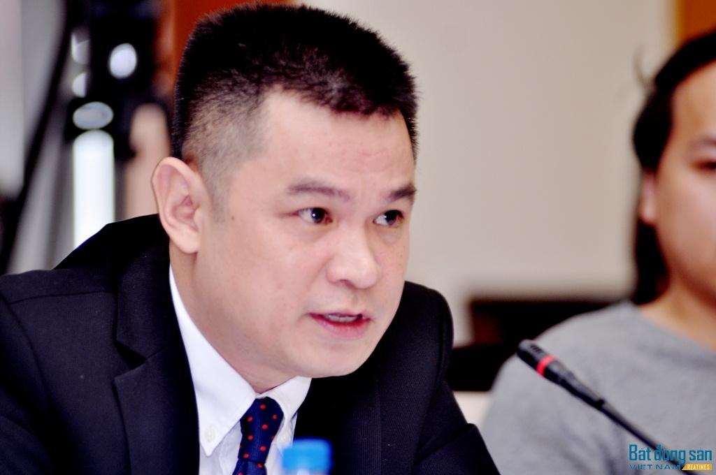 Ông Lê Trọng Minh, Tổng Biên tập Báo Đầu tư phát biểu khai mạc buổi Tọa đàm.