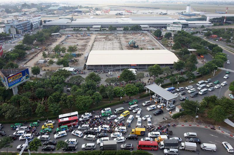 ngành công nghiệp du lịch phát triển nhanh chóng là một thách thức cho hạ tầng sân bay
