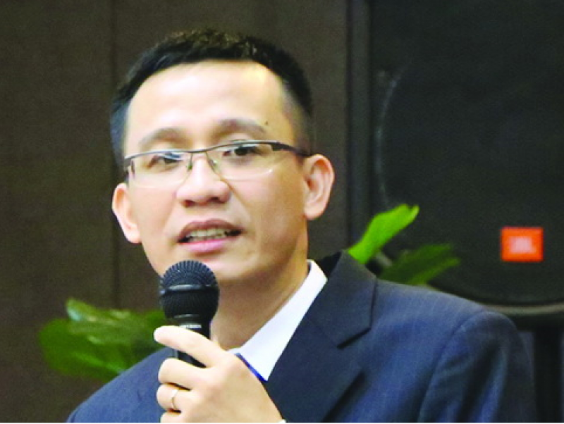 TS. Bùi Quang Tín.