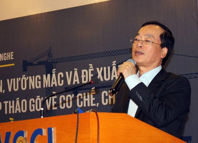Bộ trưởng Phạm Hồng Hà mong muốn lắng nghe cả những ý kiến gay gắt. Ông khuyến khích các doanh nghiệp nói thẳng. Ảnh: Chân Luận.