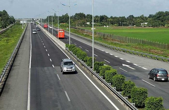 Bộ trưởng Nguyễn Văn Thể nhấn mạnh không được phép lùi tiến độ dự án cao tốc Bắc - Nam nhánh phía Đông.