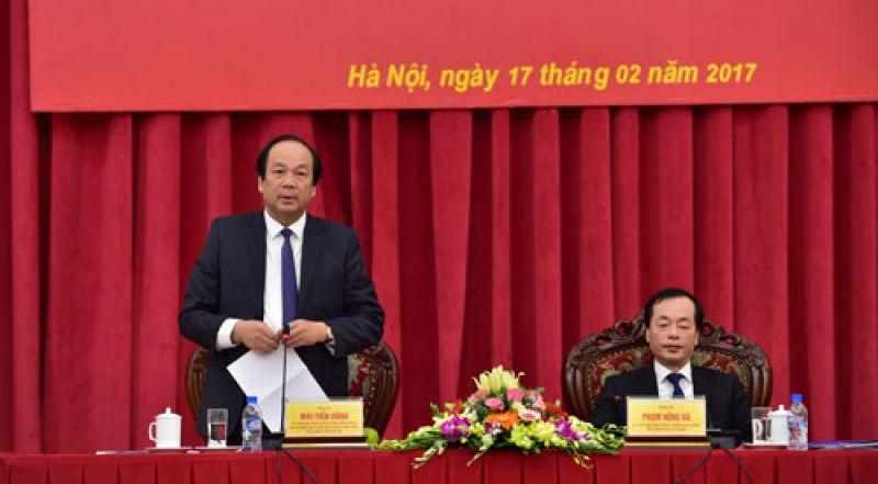 Bộ trưởng-Chủ nhiệm VPCP Mai Tiến Dũng phát biểu tại buổi làm việc. Ảnh: VGP/Nhật Bắc