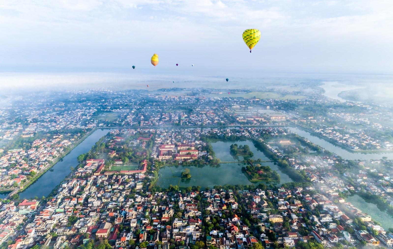 Lễ hội kinh khí cầu tại Huế