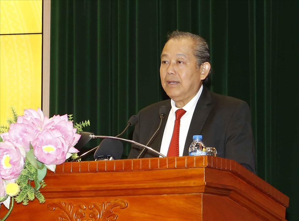 Ảnh 1: Phó Thủ tướng Chính phủ Trương Hòa Bình phát biểu chỉ đạo