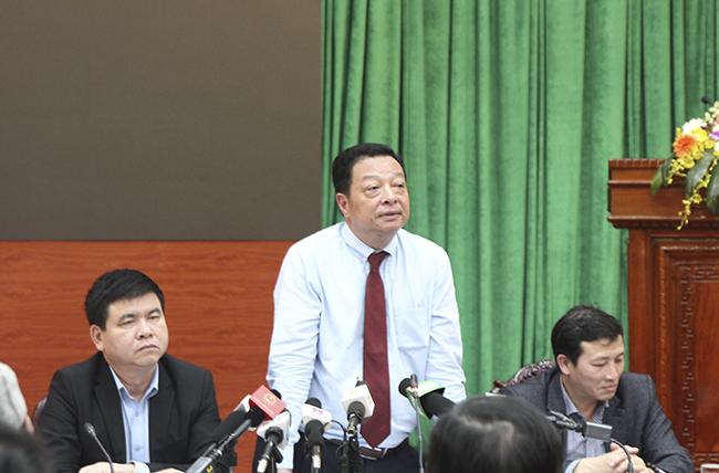 Ông Vũ Hồng Trường - Tổng Giám đốc công ty TNHH MTV Đường sắt Hà Nội (Metro Hà Nội) phát biểu tại buổi giao ban báo chí Thành ủy Hà Nội. Ảnh. T.An