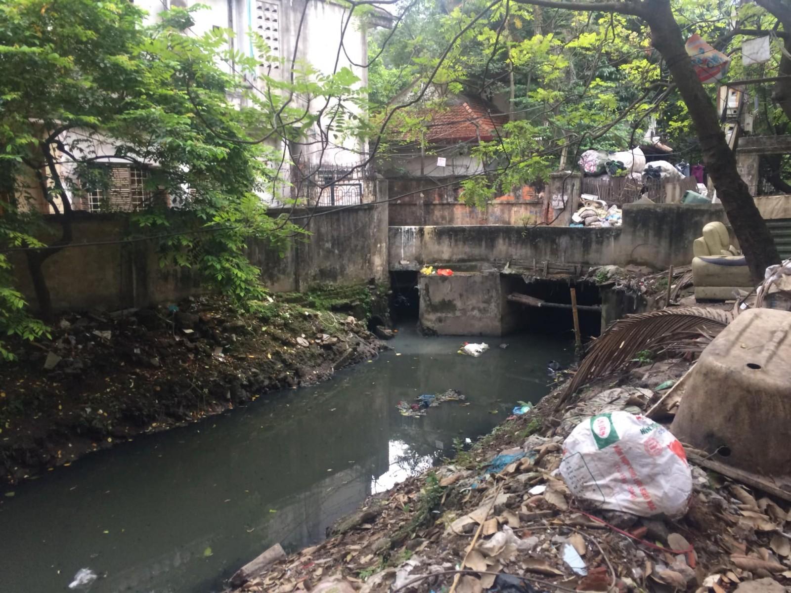 Ô nhiễm nước thải sinh hoạt: Cơn lũ ngầm chờ bùng phát