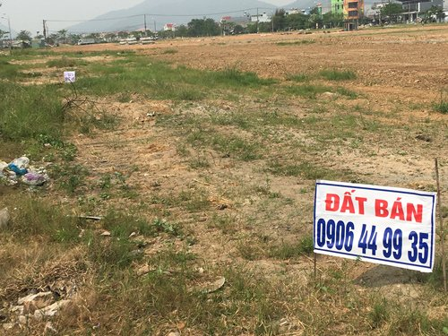 Cơn sốt đất Đà Nẵng khiến nhiều người lao đao