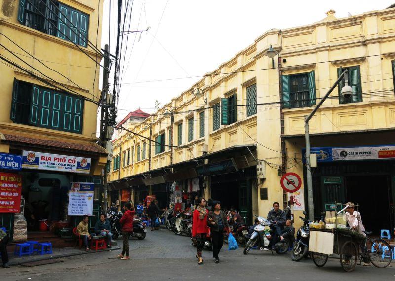 Nhà phố cổ cả tỷ đồng mỗi mét vuông vẫn không có để mua