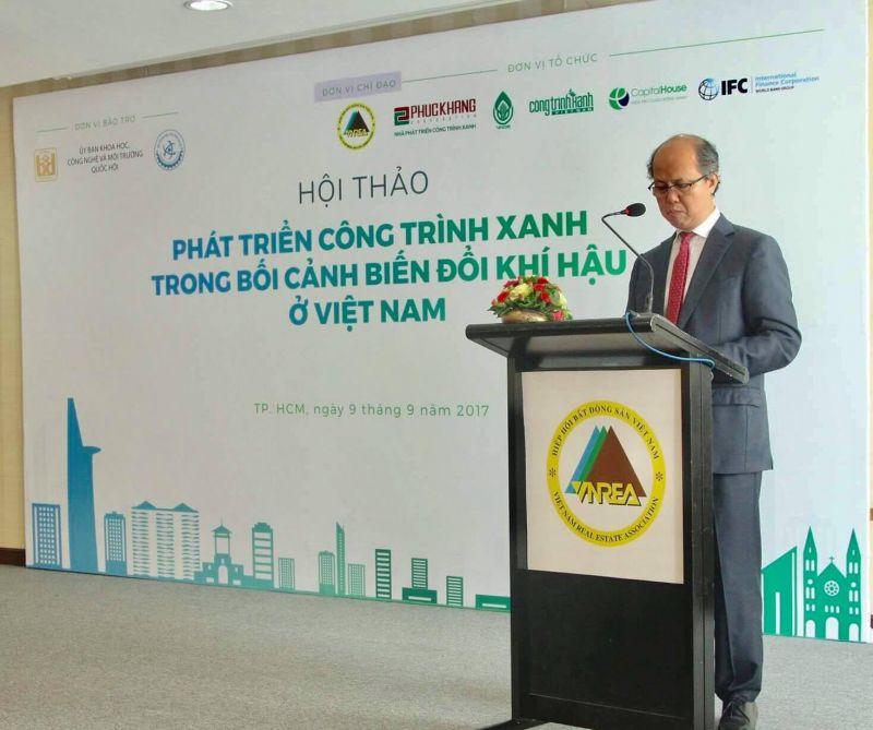 Ông Nguyễn Trần Nam - Chủ tịch Hiệp hội BĐS Việt Nam - phát biểu khai mạc hội thảo