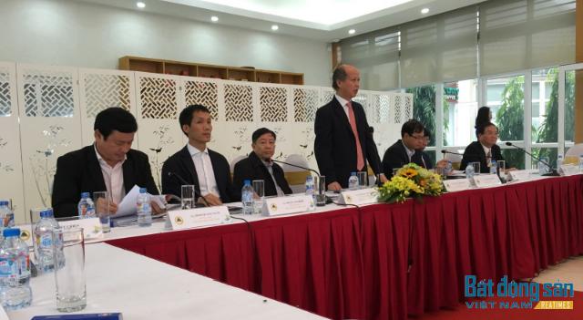 Chủ tịch Nguyễn Trần Nam phát biểu khai mạc Hội nghị.