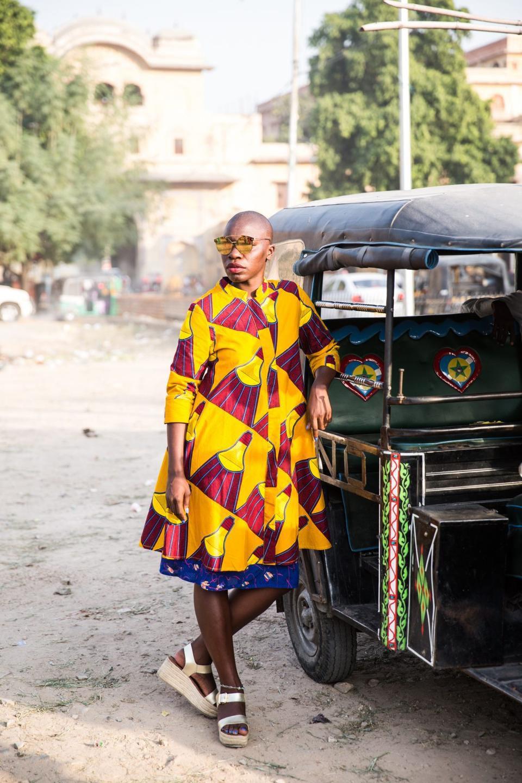 Váy sáng màu và đôi môi dày - những dấu hiệu tạo nên thương hiệu Jessica Nabongo.