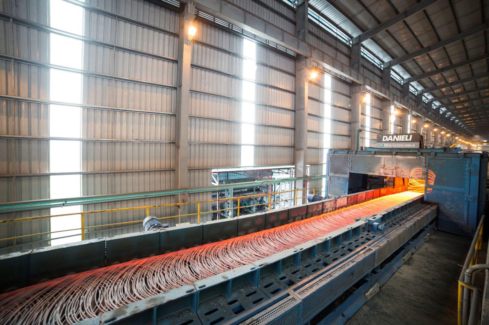 Tháng 7/2019, thép xây dựng Hòa Phát đạt sản lượng hơn 235.000 tấn, trong đó có 26.800 tấn xuất khẩu.