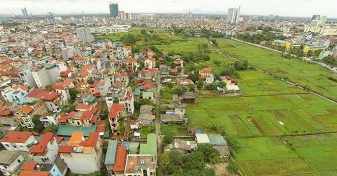 Việc chuyển đổi đất nhanh chóng đã góp phần khiến thiên nhiên môi trường của Hà Nội đang dần bị suy giảm (Ảnh minh họa)