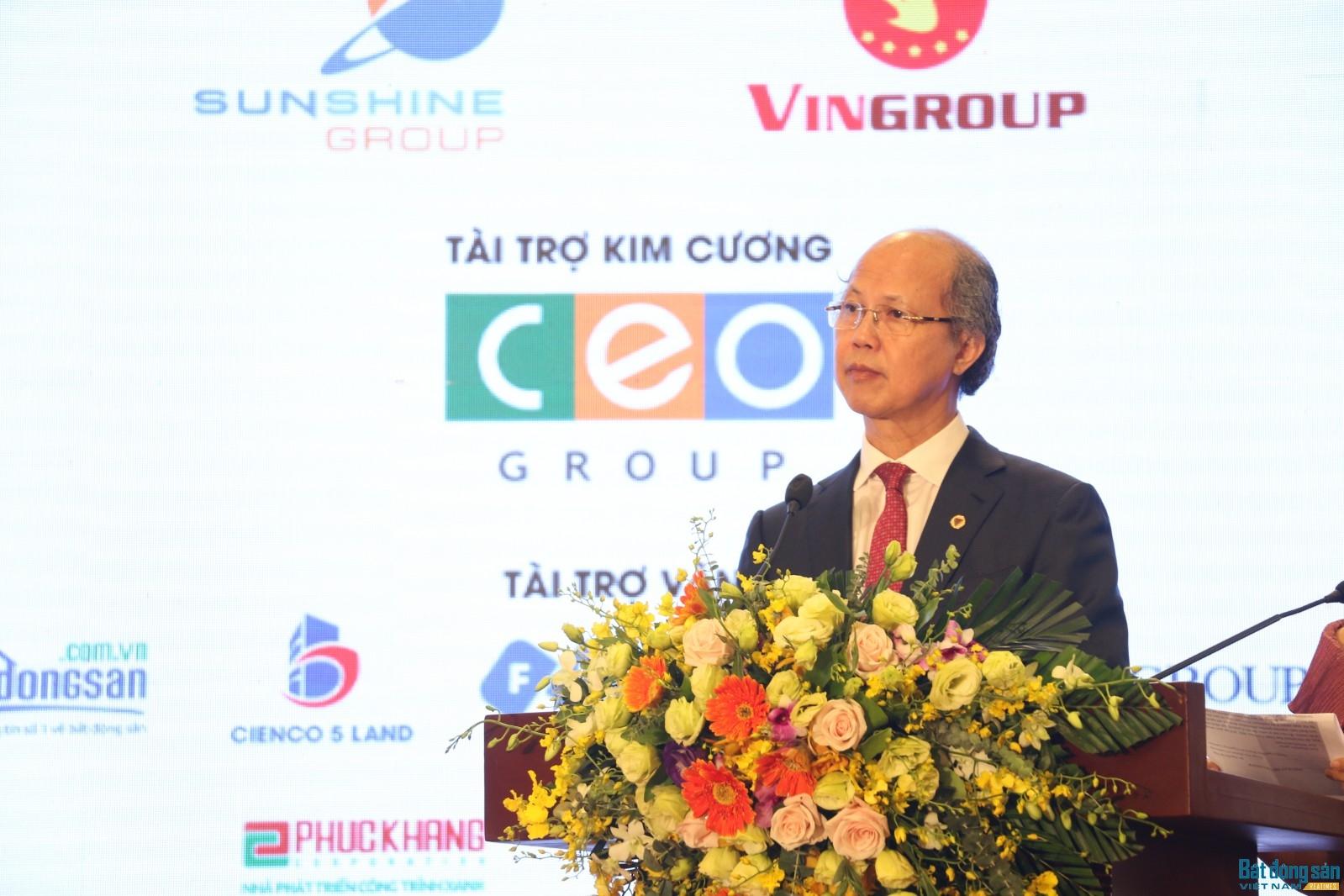 Ông Nguyễn Trần Nam chia sẻ tại tiệc
