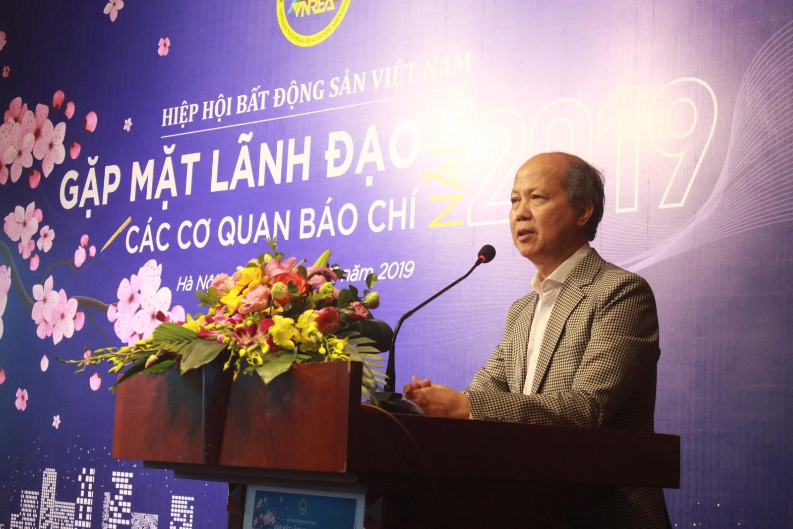 Chủ tịch Nguyễn Trần Nam chia sẻ tại buổi gặp mặt