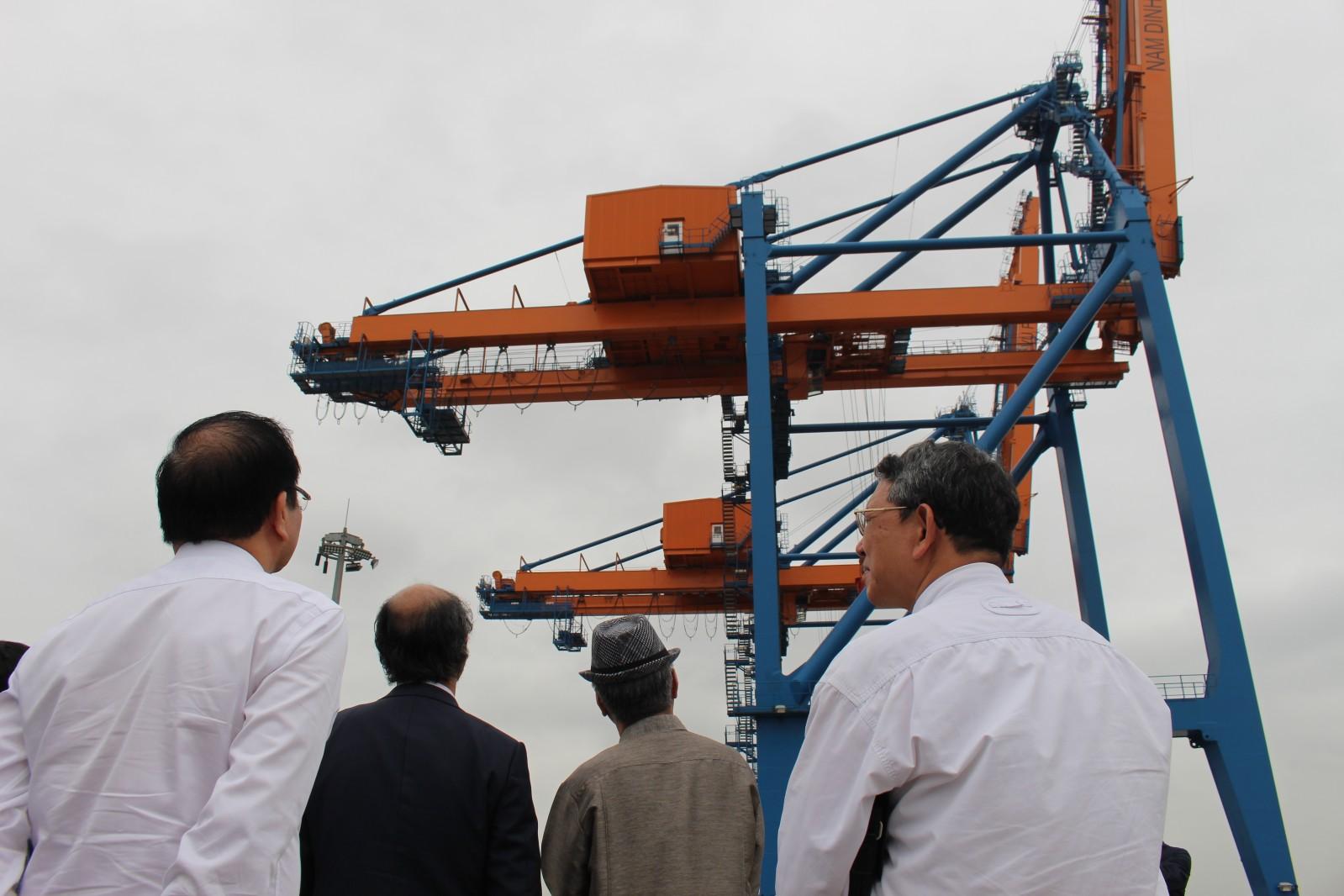 hu công nghiệp Nam Đình Vũ được xây dựng với quỹ đất sạch lớn, hạ tầng đồng bộ, sở hữu 4 phân khu chức năng tổng hợp đa dịch vụ