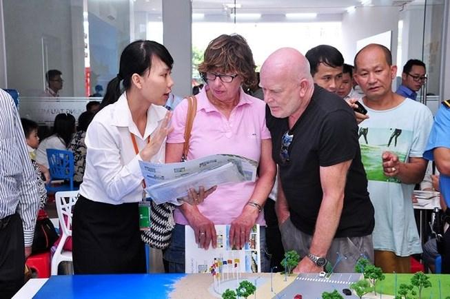 hiện nay nhu cầu khách nước ngoài tìm kiếm nhà ở và đầu tư vào dự án bất động sản là rất lớn.