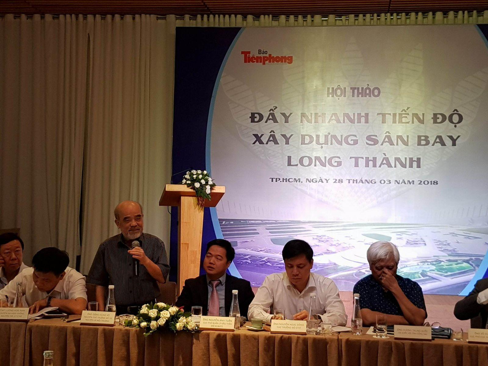 GS.TS Đặng Hùng Võ nguyên thứ trưởng bộ Tài Nguyên và Môi trường phát biểu tại buổi Hội thảo.