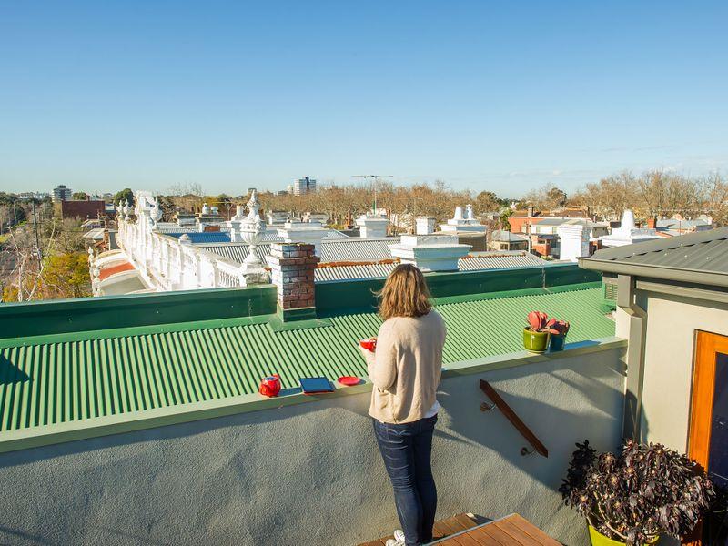 Căn nhà đẹp đến đâu đi nữa cũng sẽ chẳng đáng giá bao nhiêu nếu mái nhà hỏng.