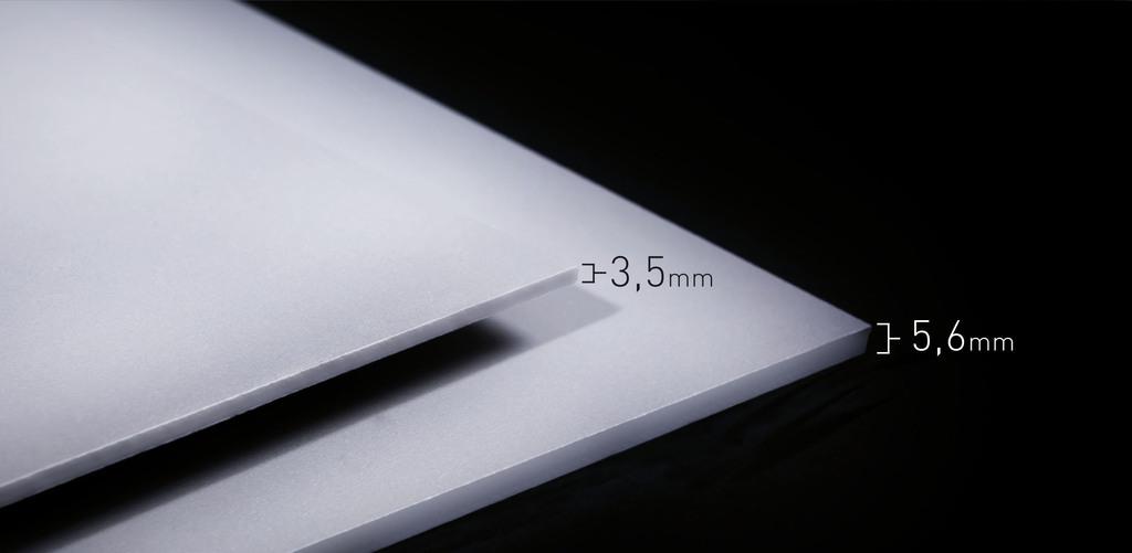 Chỉ với một lớp gạch lát 3,5 mm, mặt tiền hai lớp đã có khả năng tương đương với khi làm bằng nhiều loạt vật liệu khác dầy và nặng nề hơn.