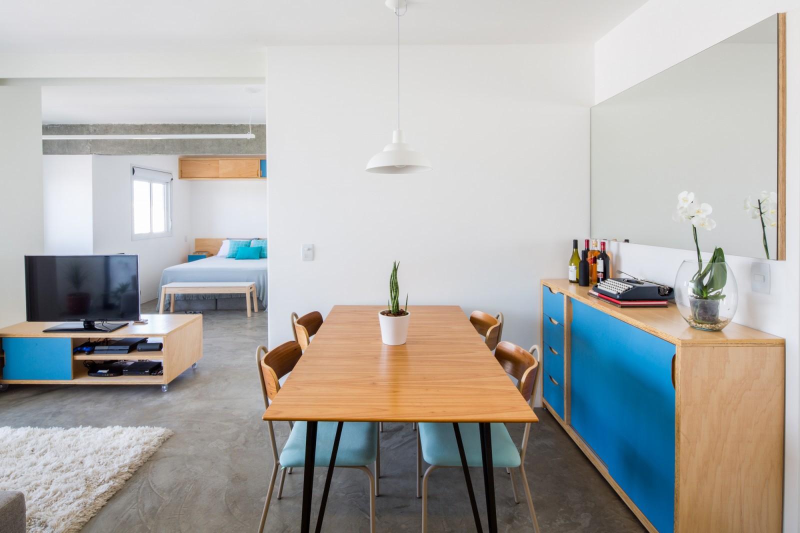 Celso Ramos Apartment / MARCOZERO Estudio