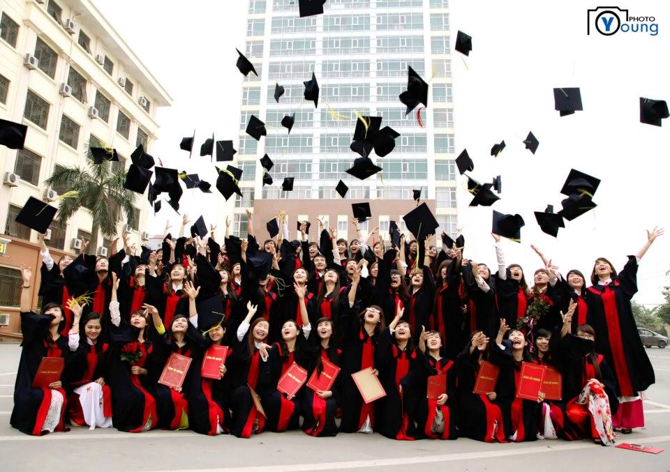 Sau lễ tốt nghiệp tưng bừng, liệu có mấy người tiếp tục kiên trì con đường học vấn để trở thành chuyên gia?