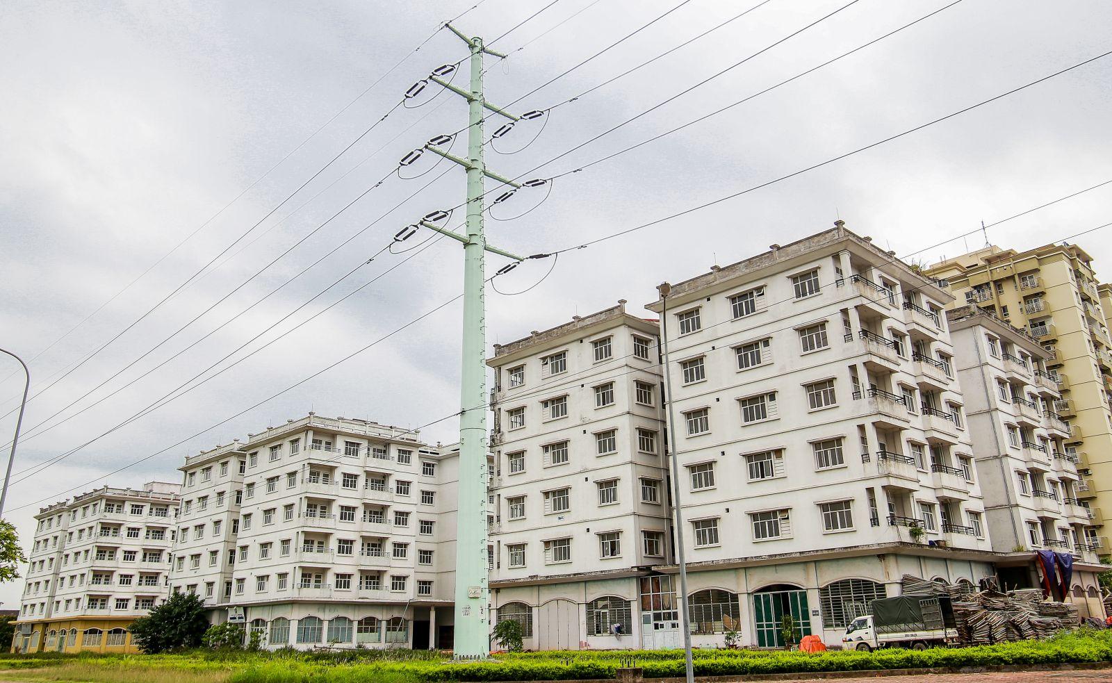 Cận cảnh dự án tái định cư bỏ hoang cả thập kỷ ở Khu đô thị mới Sài Đồng