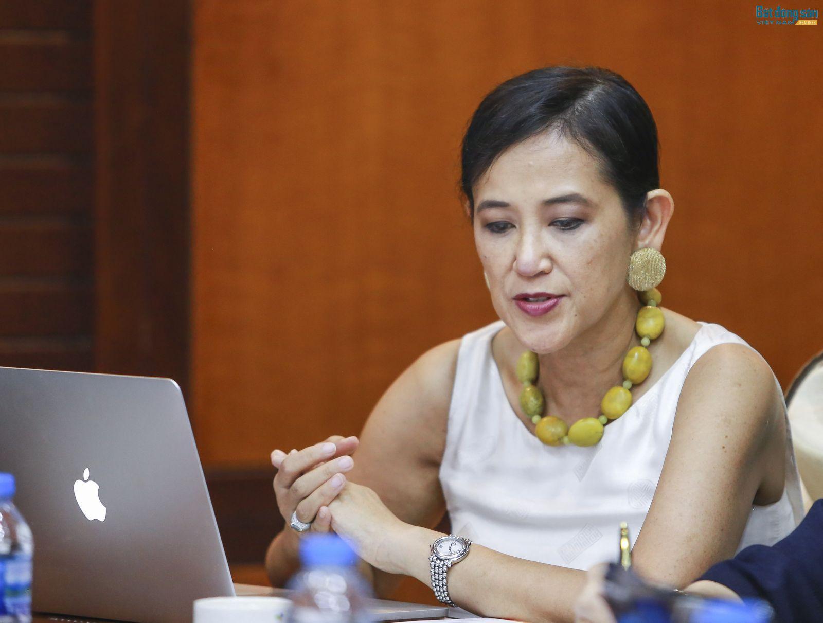 Bà Nguyễn Liễu, Đại sứ của NAR tại Việt Nam, Phó Chủ tịch Phát triển Kinh doanh Tập đoàn Westgate Reatly, đồng Chủ tịch IREC 2018