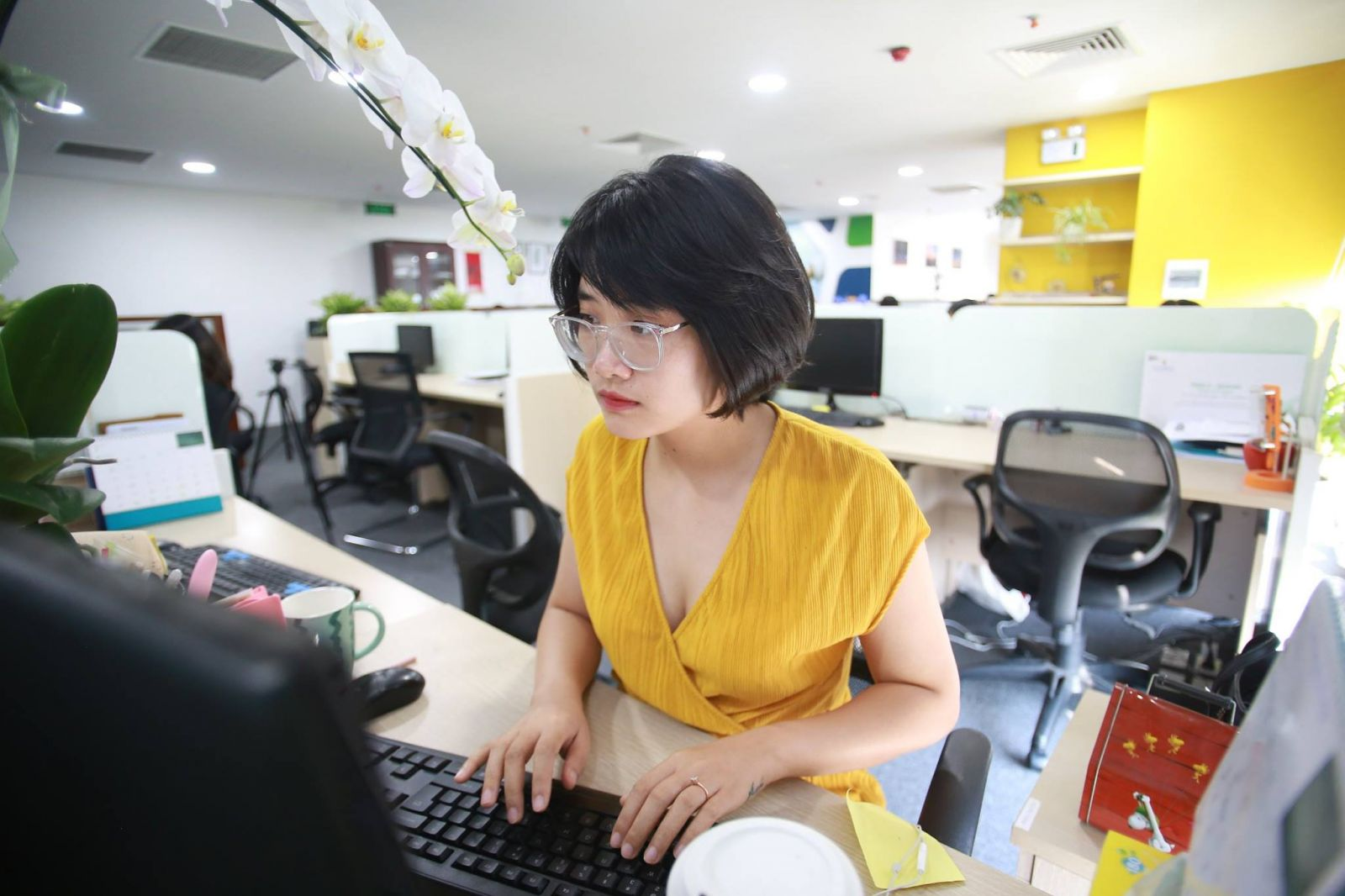 Thư ký Toà soạn Bùi Thị Hương