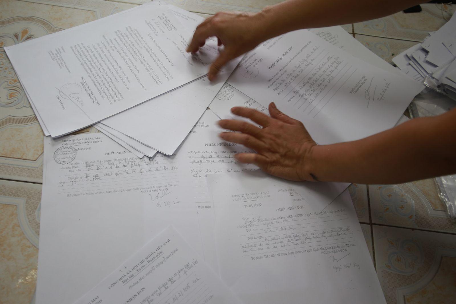 Rất nhiều lá đơn khiếu nại của người dân đã được gửi đi.