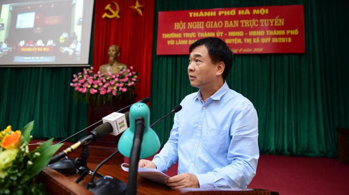 Giám đốc Sở Xây dựng Hà Nội Lê Văn Dục Báo cáo tại Hội nghị.