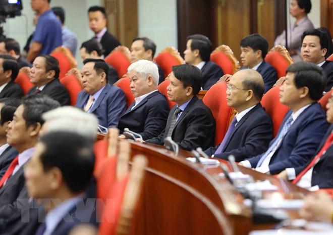 Các đồng chí Ủy viên Trung ương dự hội nghị. (Ảnh: Phương Hoa/TTXVN)
