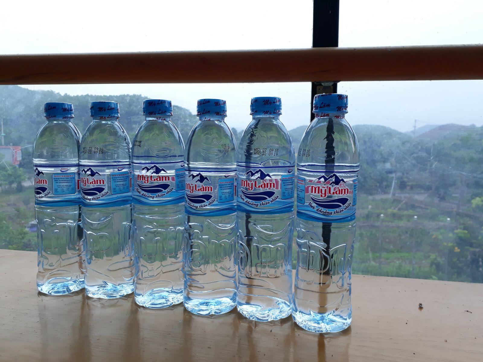 Sản phẩm nước khoáng Mỹ Lâm.