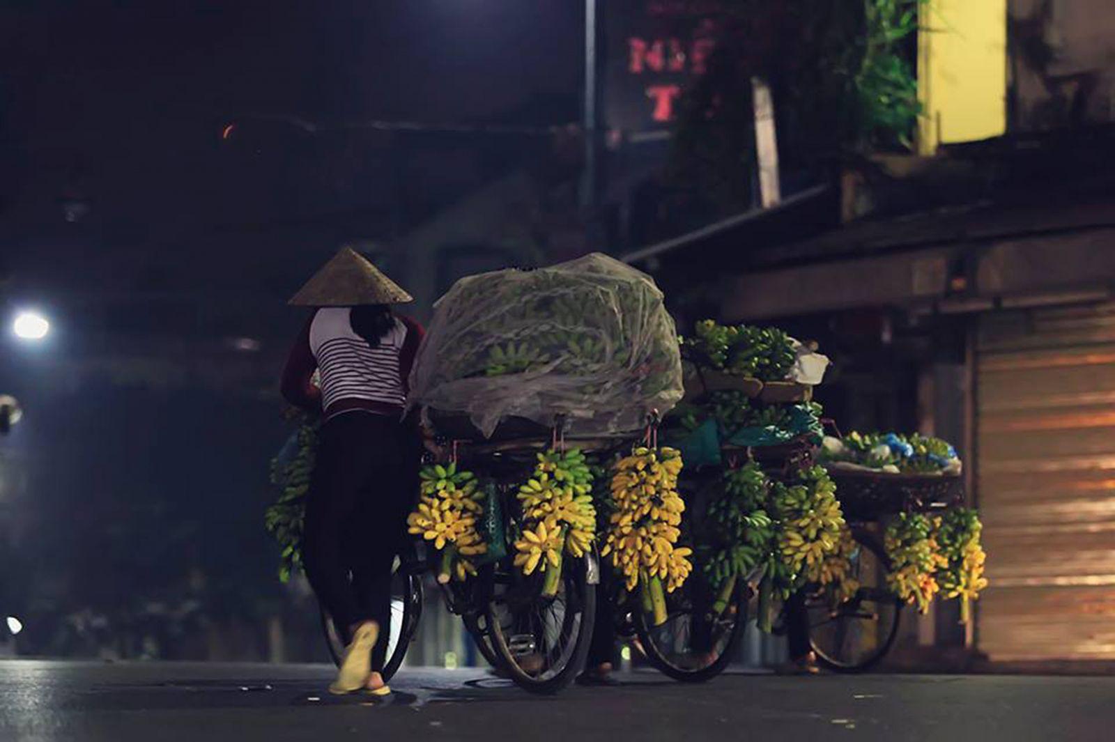 Ra chợ sáng sớm