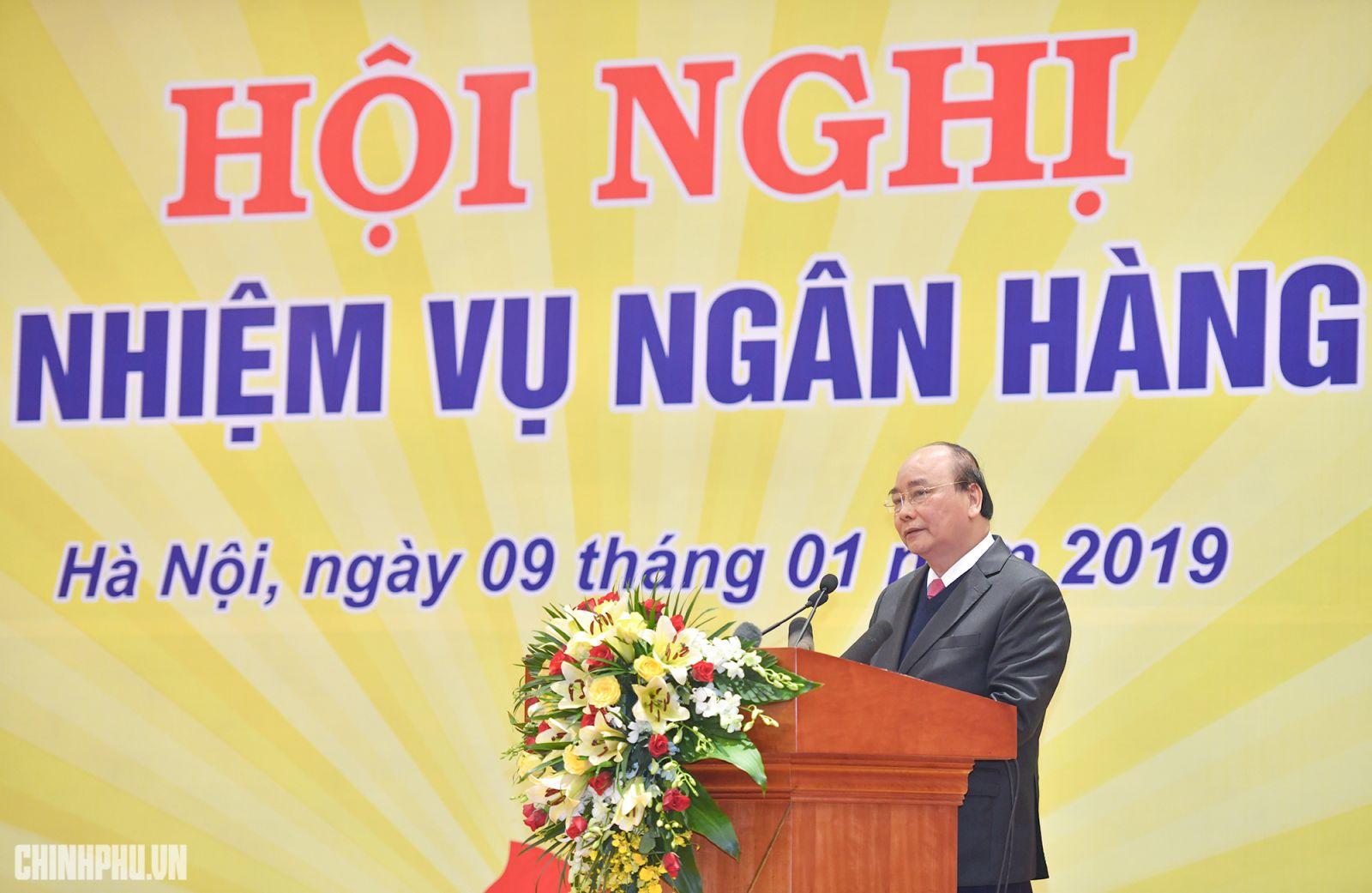 Thủ tướng phát biểu tại hội nghị. Ảnh: VGP/Quang Hiếu