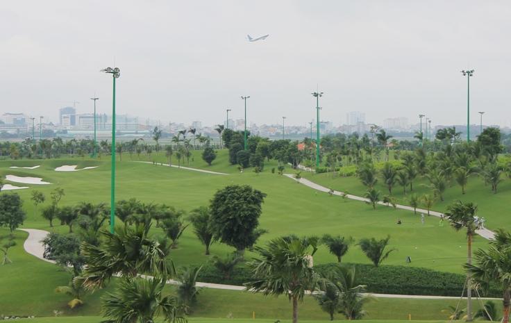 Đất quốc phòng được sử dụng làm sân golf trong sân bay Tân Sơn Nhất