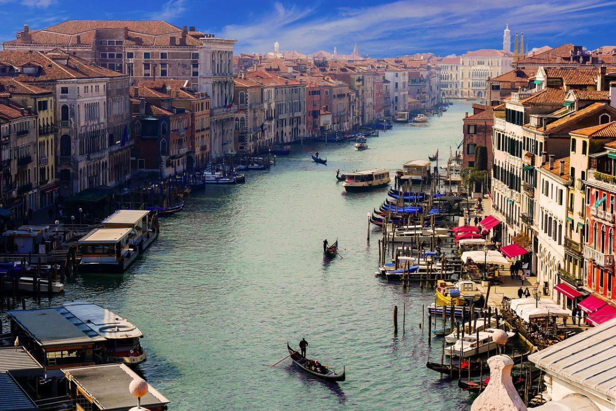 Thiết kế đô thị trên nền tảng kiến trúc sẵn có, Venice tạo cho người dân những trải nghiệm tuyệt vời về một thành phố thân thiện, đáng sống.